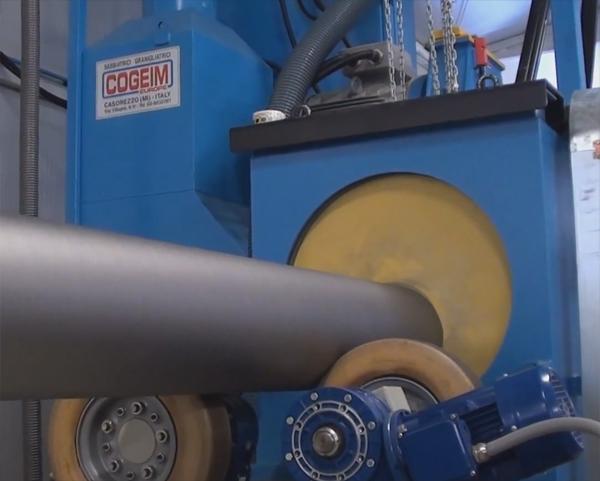 Очистка труб в дробеметных установках